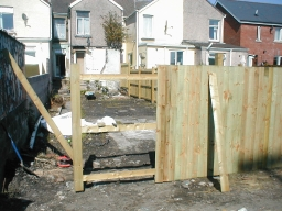 fence erecting